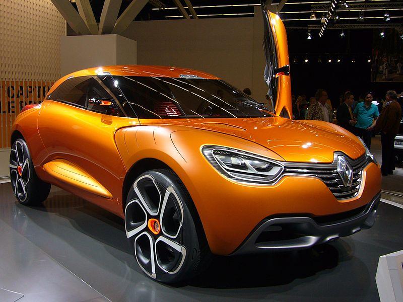 http://allroader.ru/wp-content/uploads/2012/10/800px-Renault_Captur_Concept_front_quarter.jpg