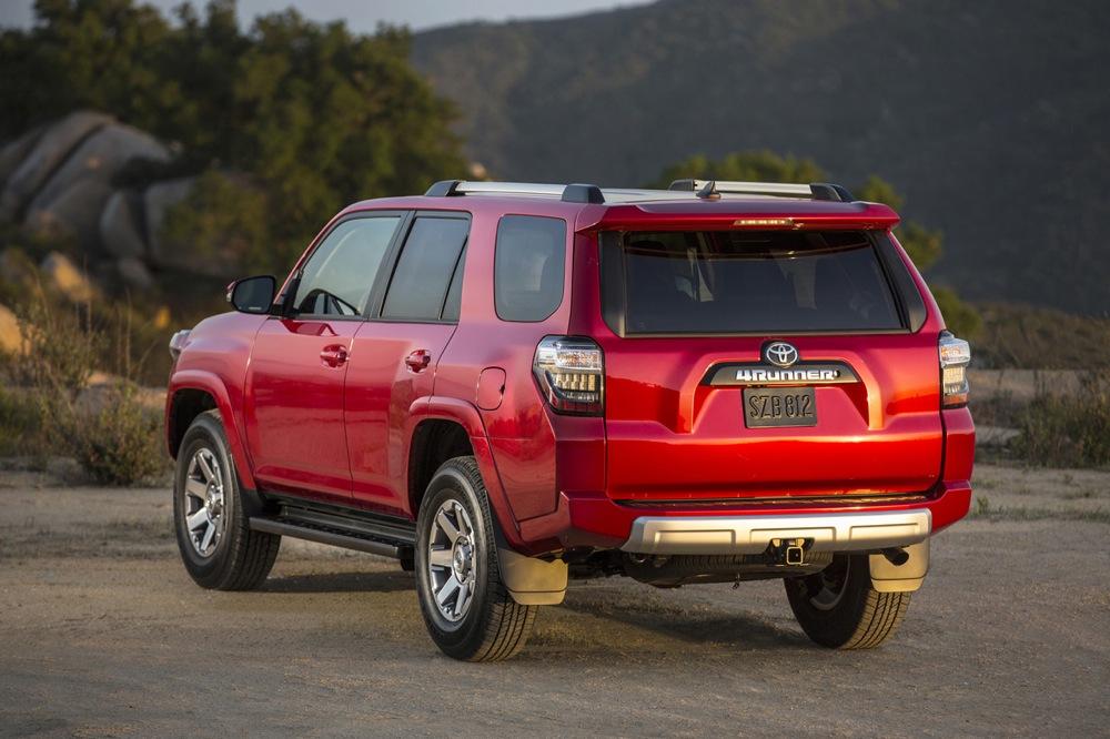 Тойота работает над обновленными версиями 4Runner, Sequoia иTundra