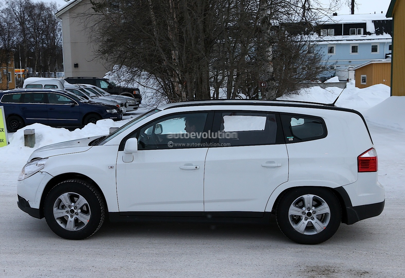 Opel Antara: купить новый Опель Антара 2 15-2 14