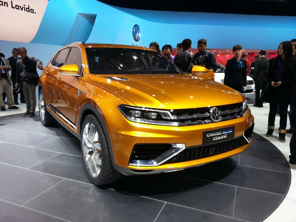 Volkswagen CrossBlue Coupe 03.jpg height=457
