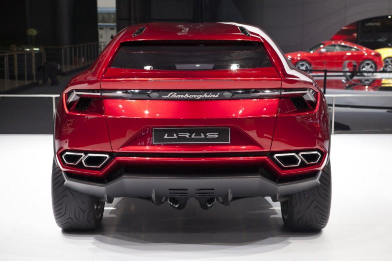 Lamborghini-Urus 1