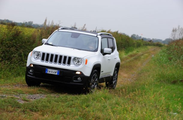 Jeep Renegade 2015 04.jpg