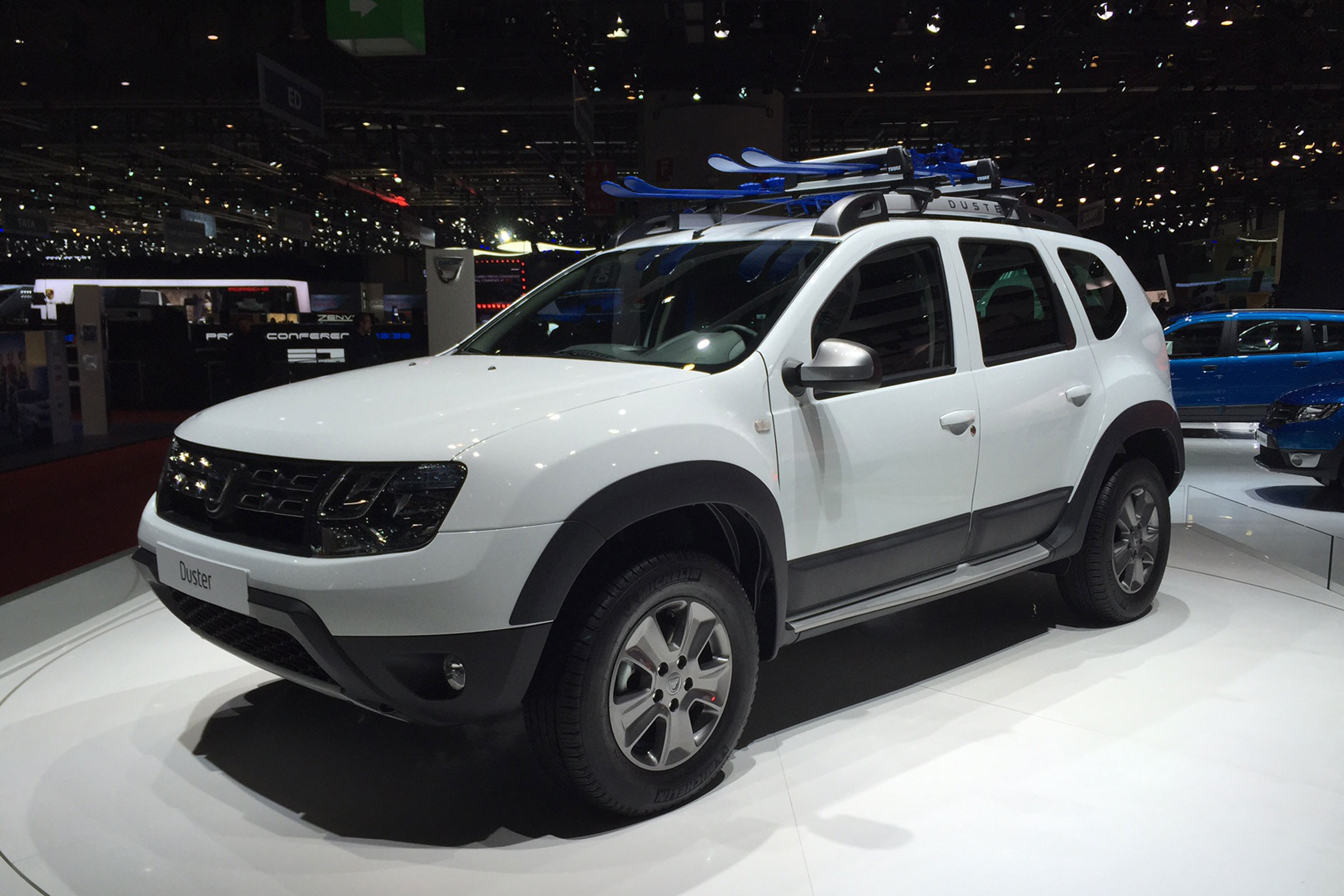 Dacia Duster 2016 1.2 01
