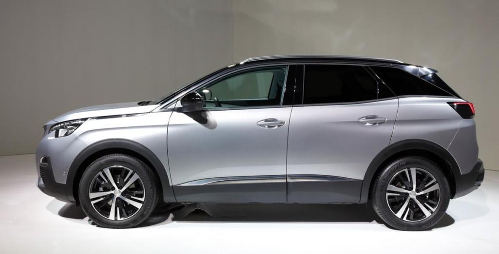 Peugeot_3008_2016_02