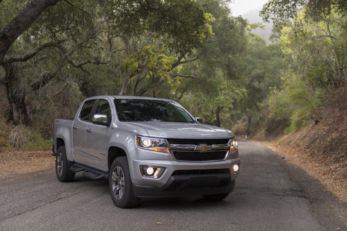 Шевроле Colorado получил новый V6 и8-ступенчатый «автомат»