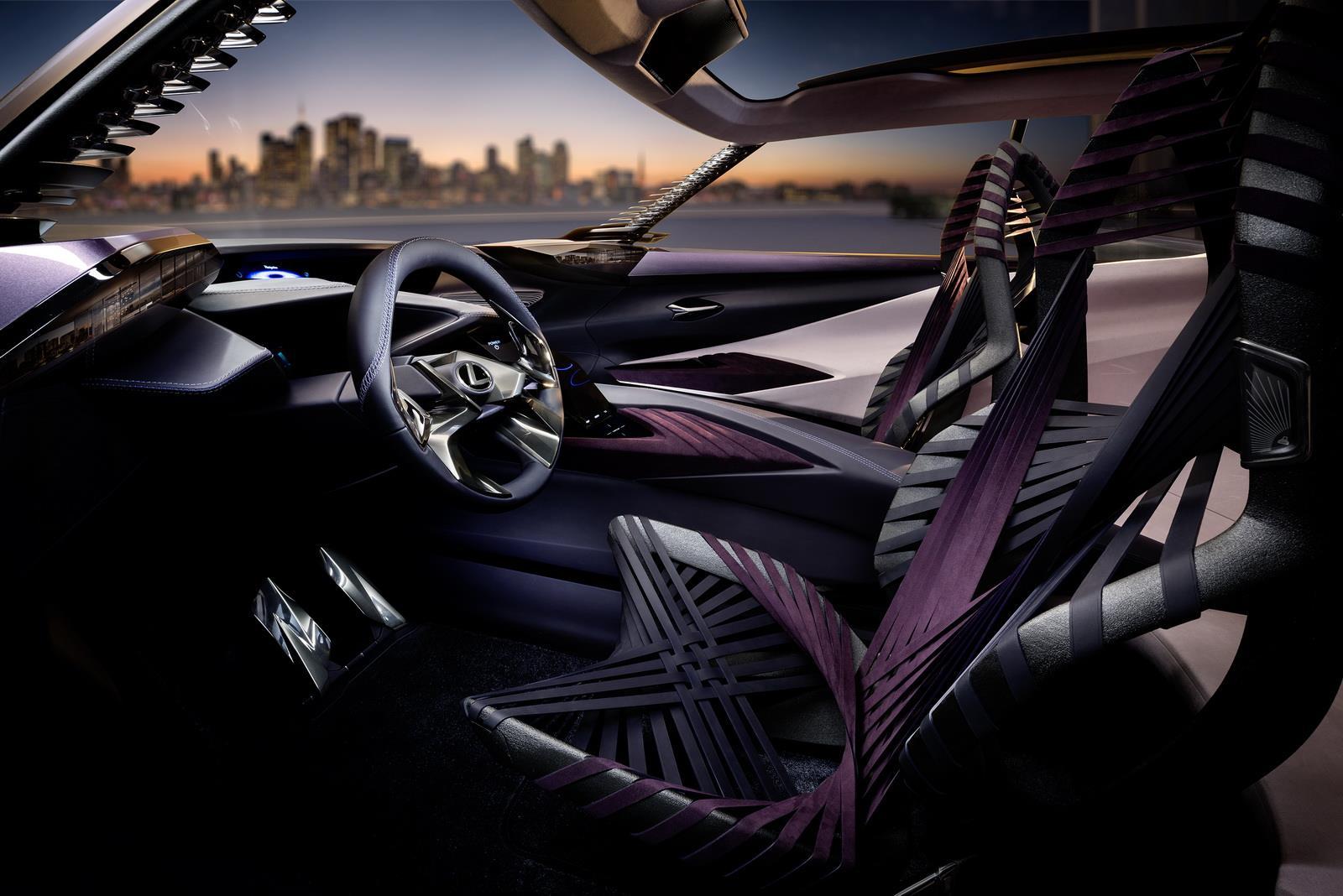 Наавтомобильном шоу вЖеневе состоится дебют серийного кроссовера Лексус UX
