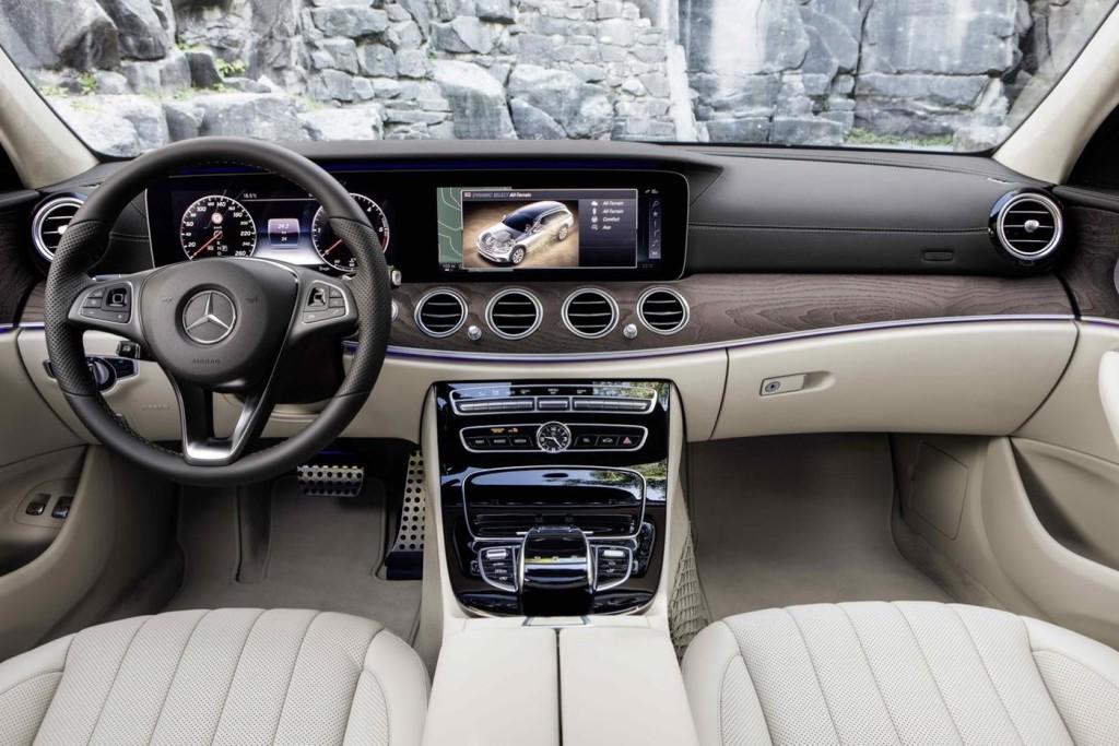 Mercedes-E-Class-All-Terrain-14