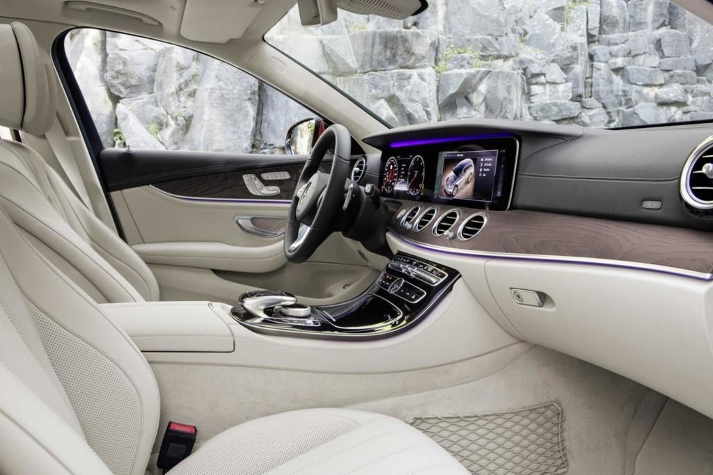 Mercedes-E-Class-All-Terrain-15