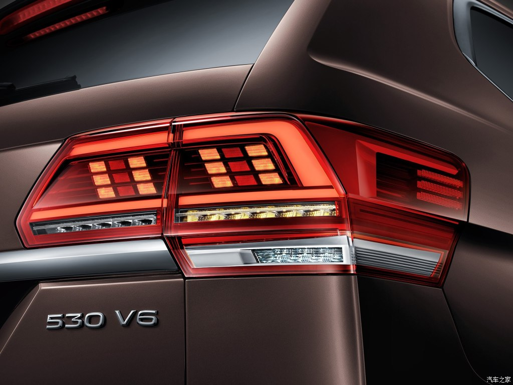 VW представил собственный флагманский вседорожный автомобиль Atlas