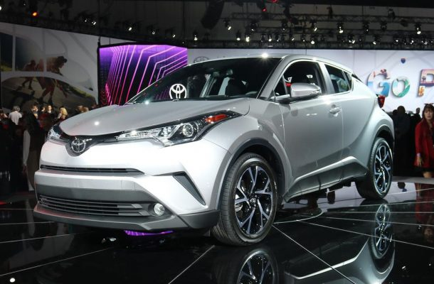 Toyota_C-HR_USA-02