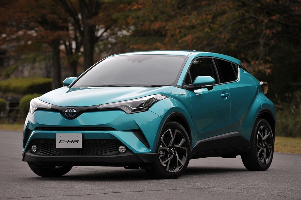 Toyota_C-HR_photo_01