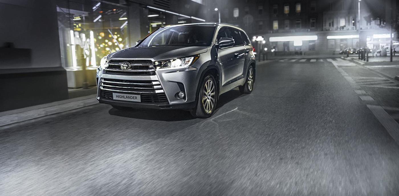 Toyota_Highlander_001