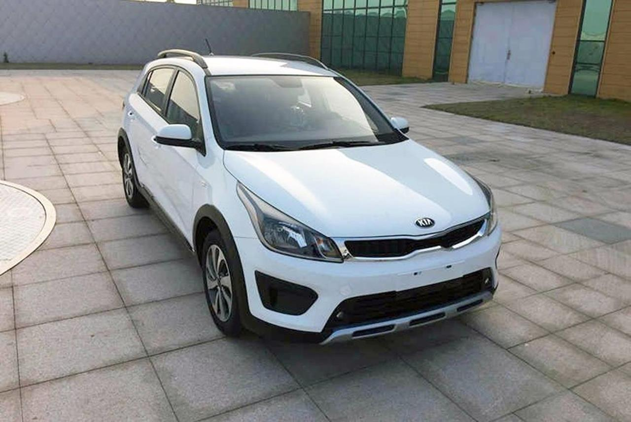 KIA_K2_Cross-01