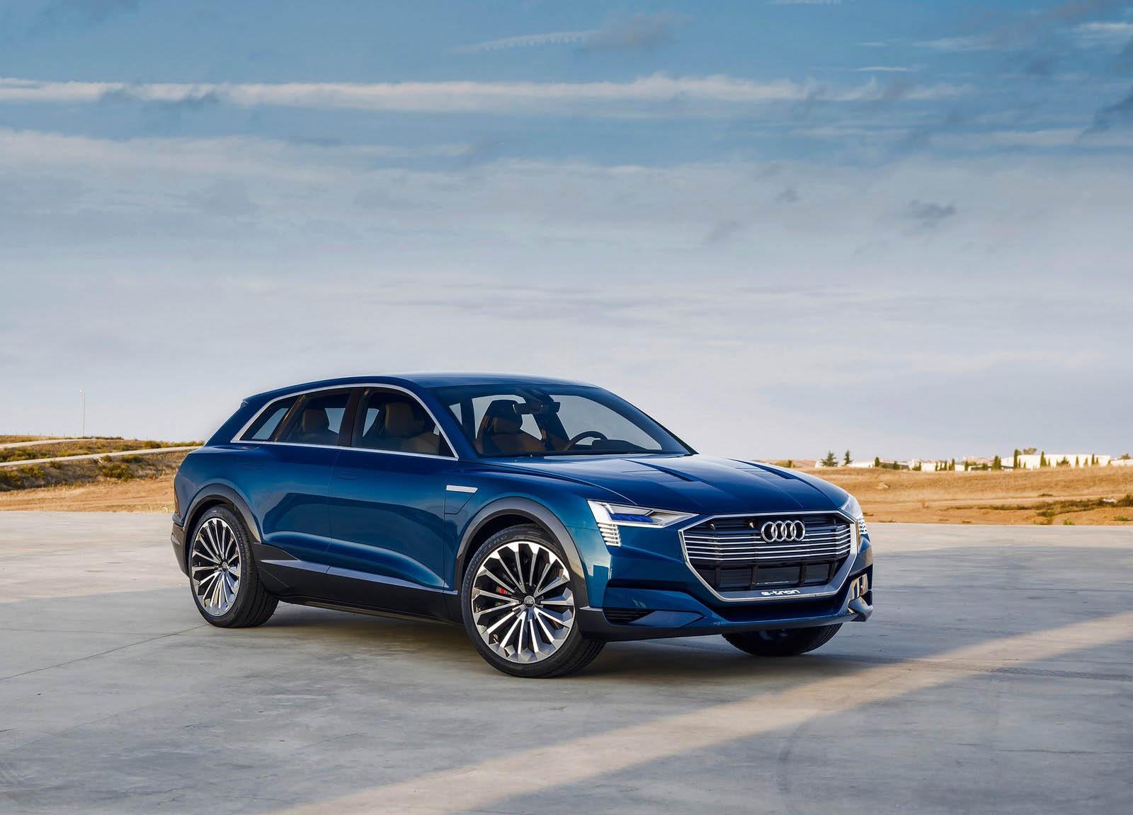 Компания Ауди начала принимать заказы наэлектрокар E-Tron Quattro 2018