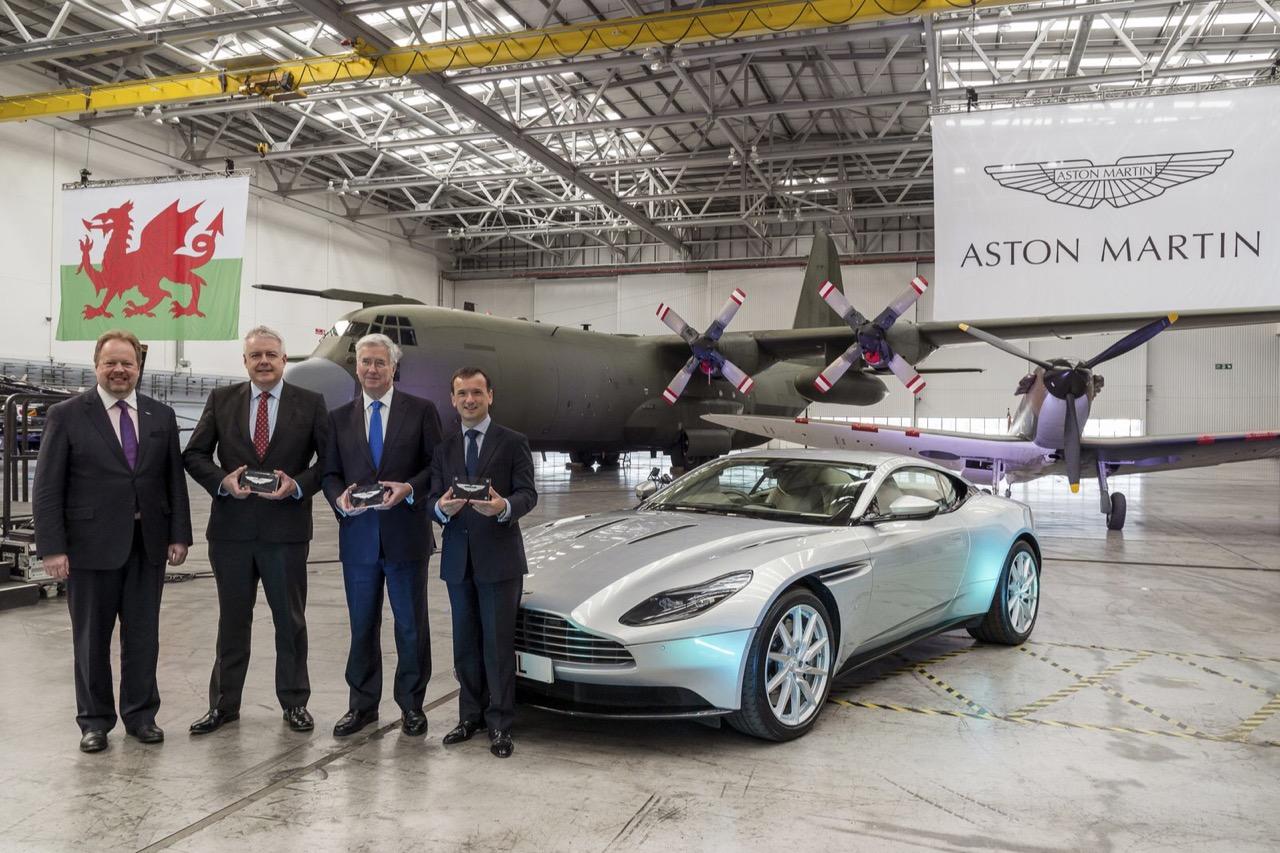 Астон Мартин будет собирать новый кроссовер DBX набывшей базе ВВС