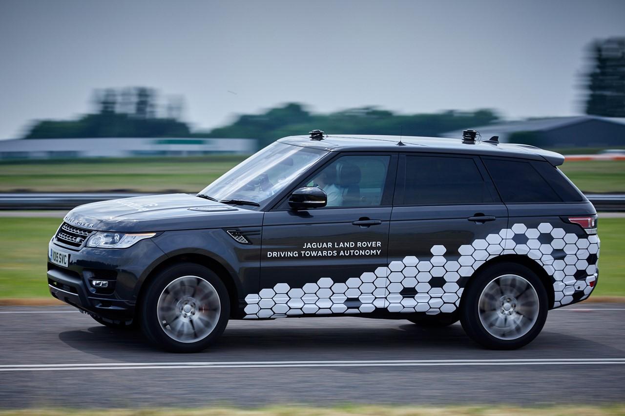 Компания Ягуар Ленд-Ровер представила беспилотный вседорожный автомобиль