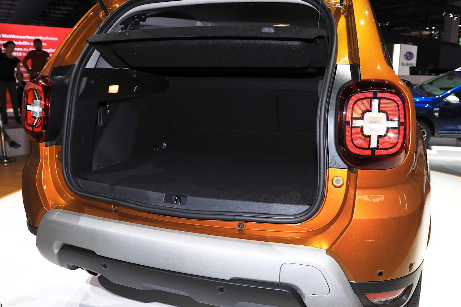 100 renault duster 2018 renault cars at auto expo 2018 upcoming new launches by renault. Black Bedroom Furniture Sets. Home Design Ideas