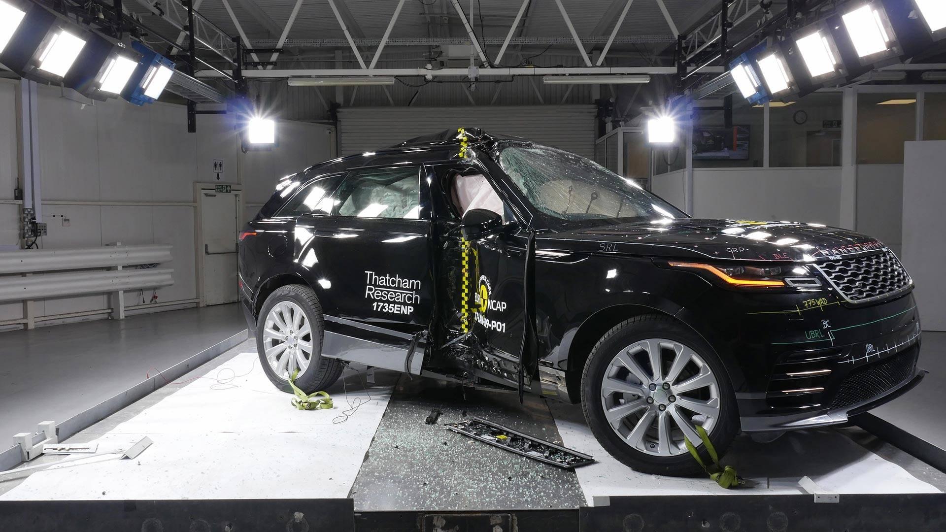 Продажи нового кроссовера Range Rover Velar начались вРеспублике Беларусь