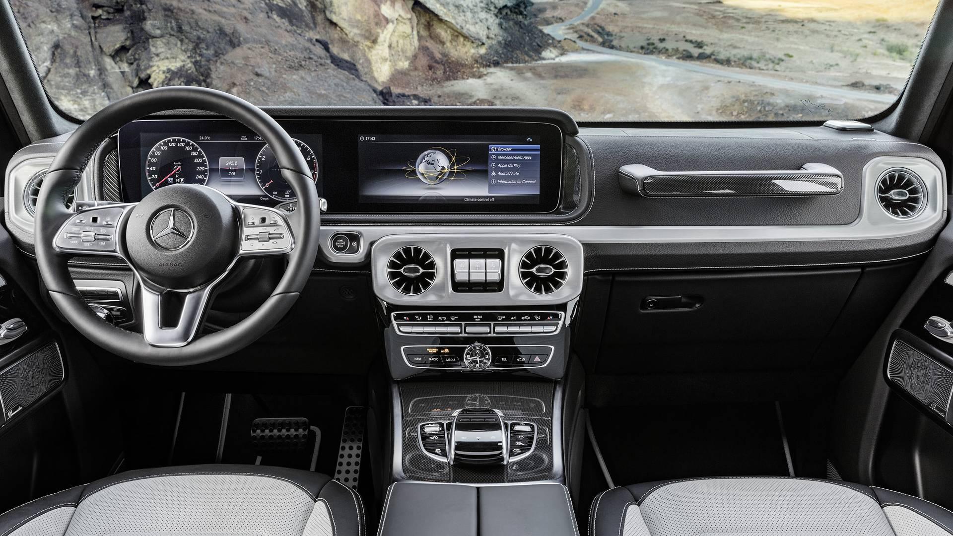 Benz представил новый тип G-Class нашоу вДетройте