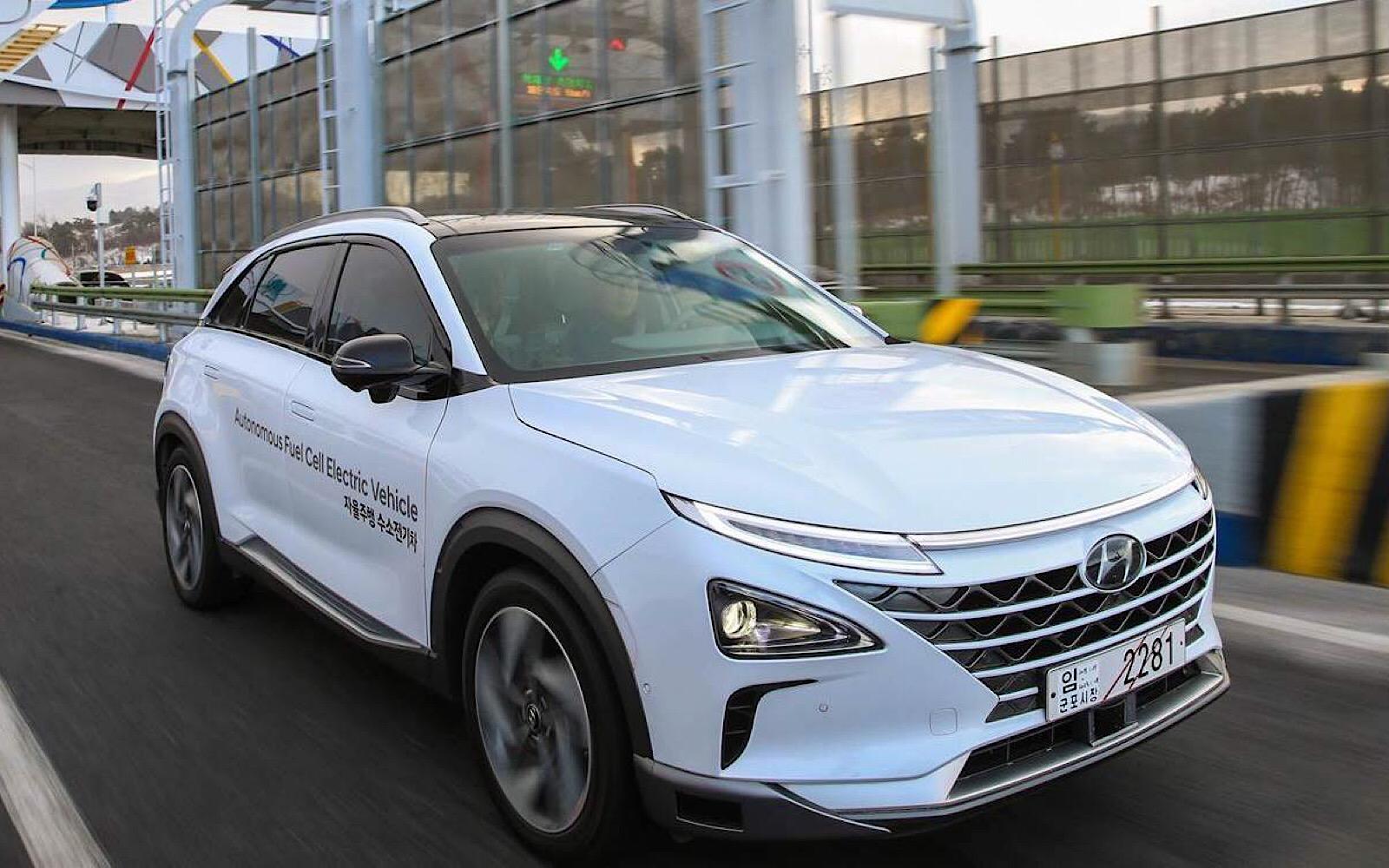 Водородный Hyundai NEXO доехал до Пхенчхана на автопилоте