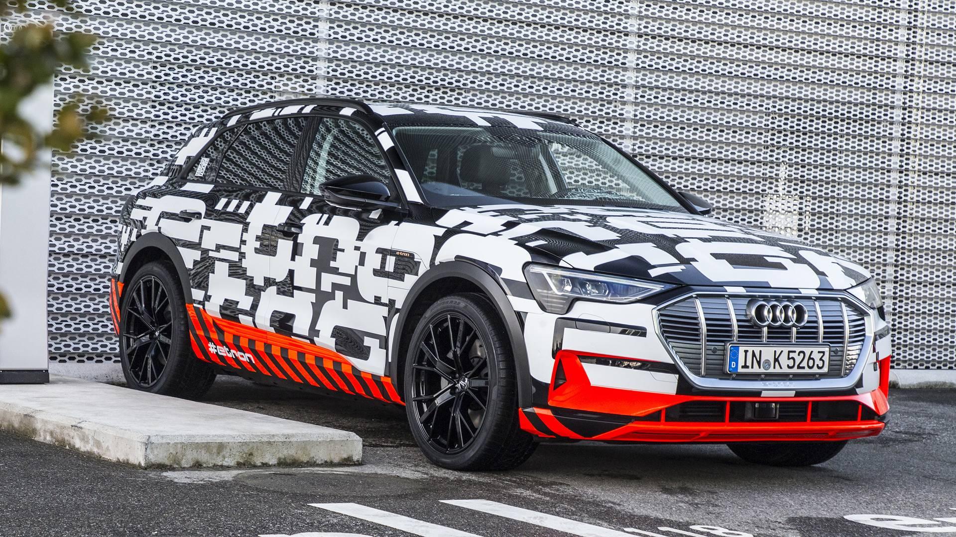 Audi рассказала сколько стоит E-tron