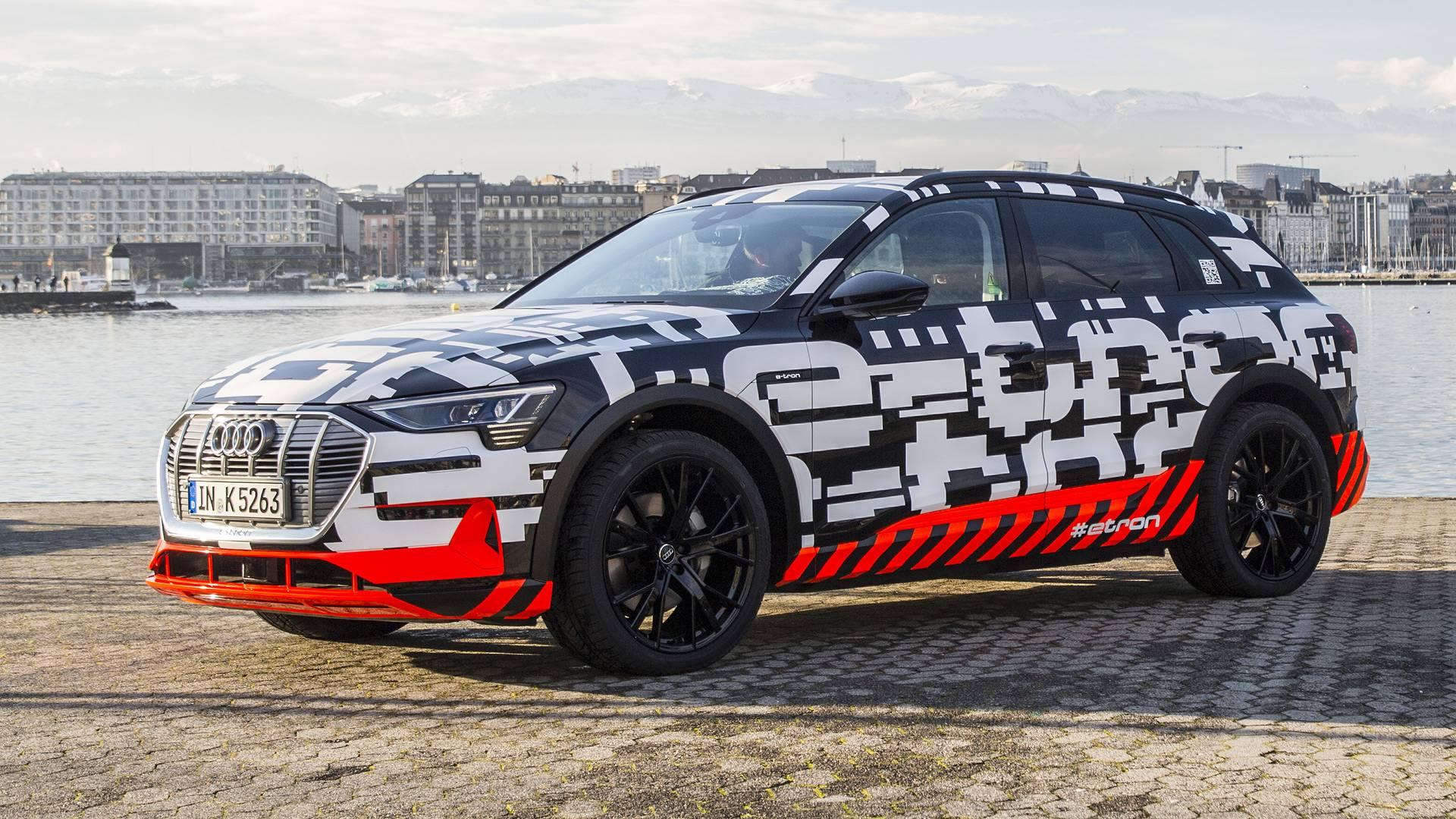 Audi показала «почти голый» прототип E-Tron