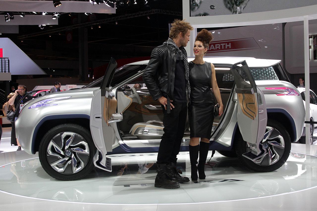 Фотогалерея Nissan Terra Concept на Парижском Автосалоне 2012