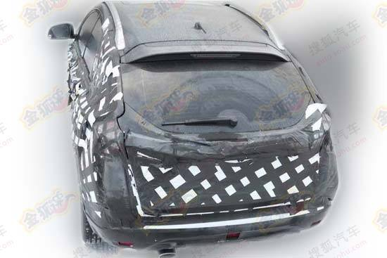 yulong-compact-suv-china-3