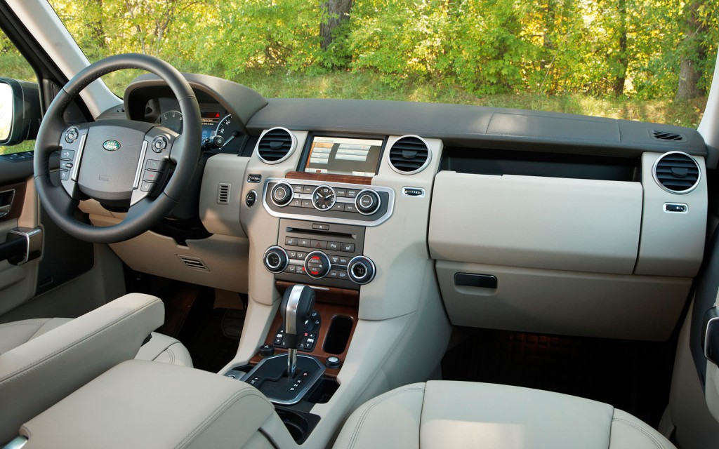 Land Rover Discovery 4 -04