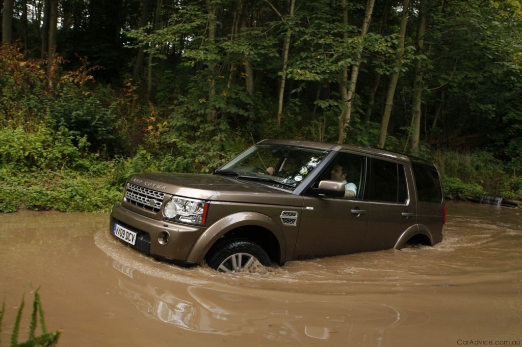Land Rover Discovery 4 -05