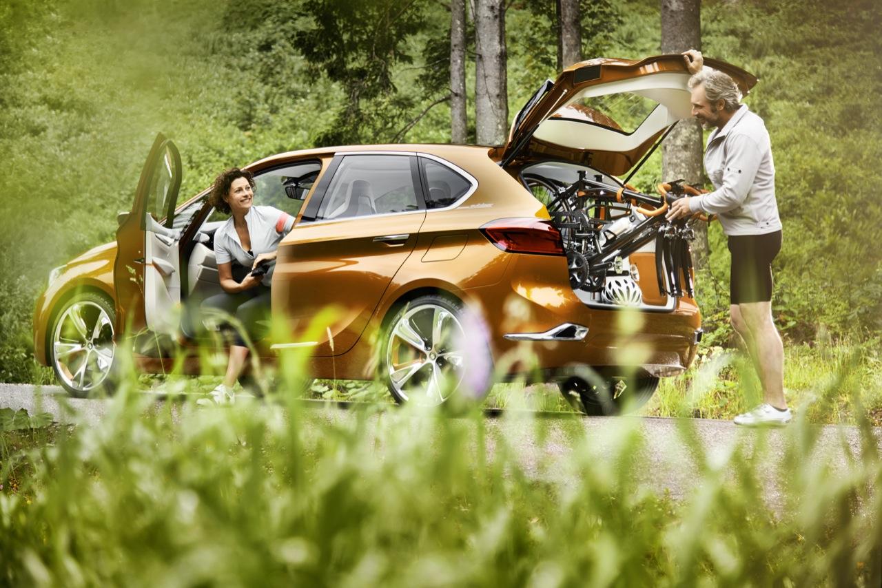 BMW Active Tourer Concept — фотогалерея на природе