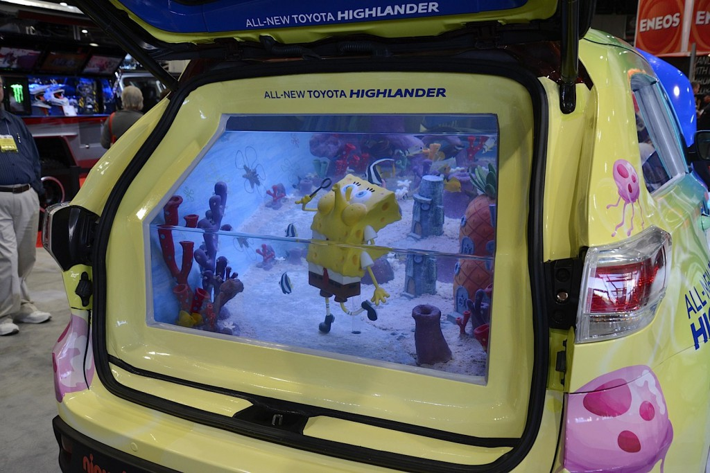 toyota-spongebob-highlander-is-a-fish-tank-on-wheels_3