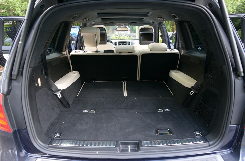 Mercedes-Benz GL 350 BlueTEC 2013 10.jpg