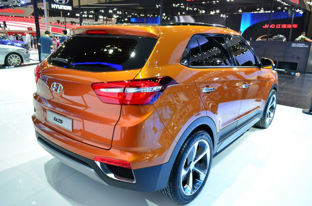 Hyundai-ix25-rear-three-quarters-at-Auto-China-2014
