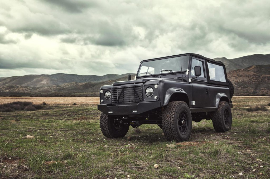 Land Rover Defender 90 1995 01