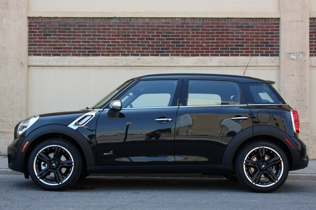 Mini Countryman 2014 04.jpg