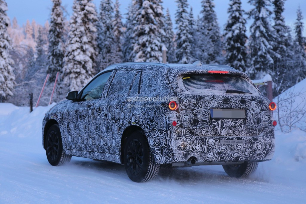 2016-bmw-f48-x1-7-seater-spied-during-winter-testing-photo-gallery_6