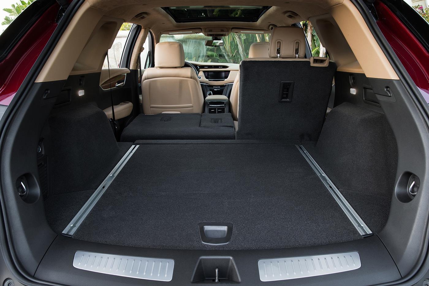 Cadillac XT5 — фотогалерея