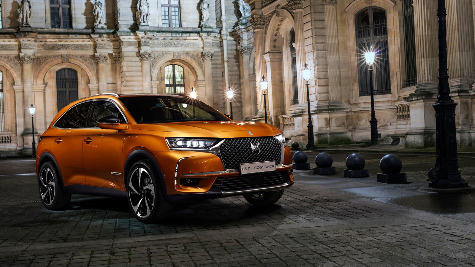 DS 7 Crossback — фотогалерея
