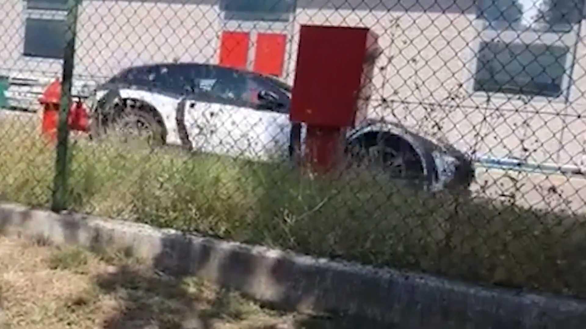 Кроссовер Ferrari Purosangue впервые на видео
