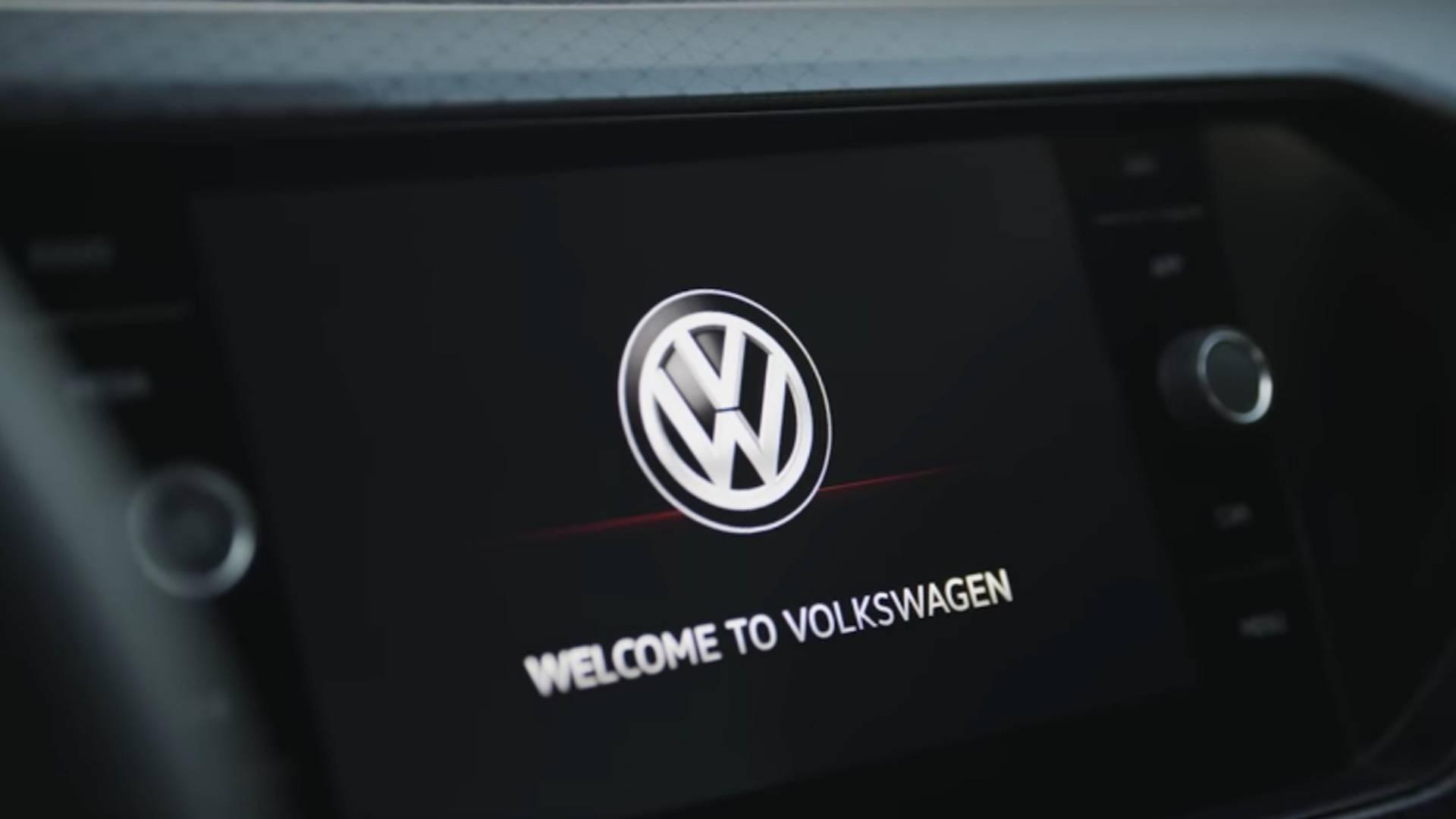 Volkswagen T-Cross показал инновационный салон на видео