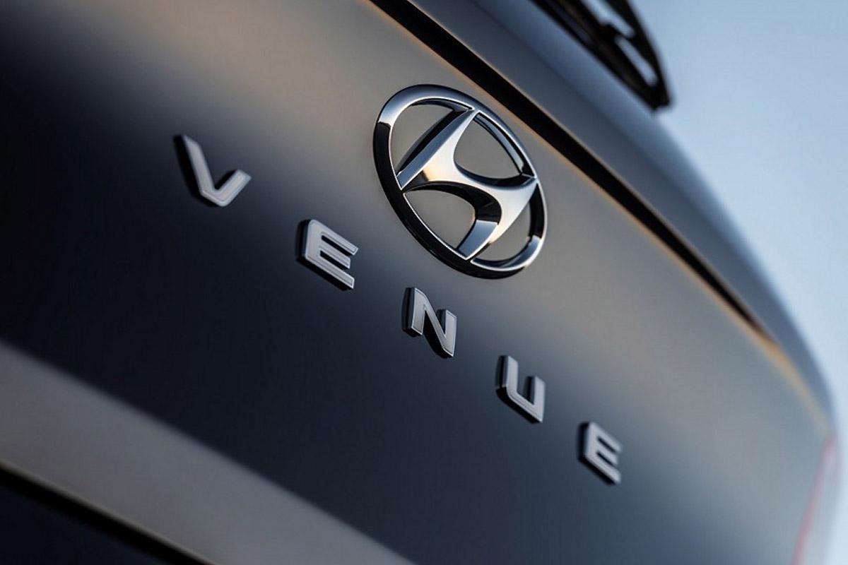 Мини-кросс Hyundai Venue спешит в Нью-Йорк с напористым стилем и характером
