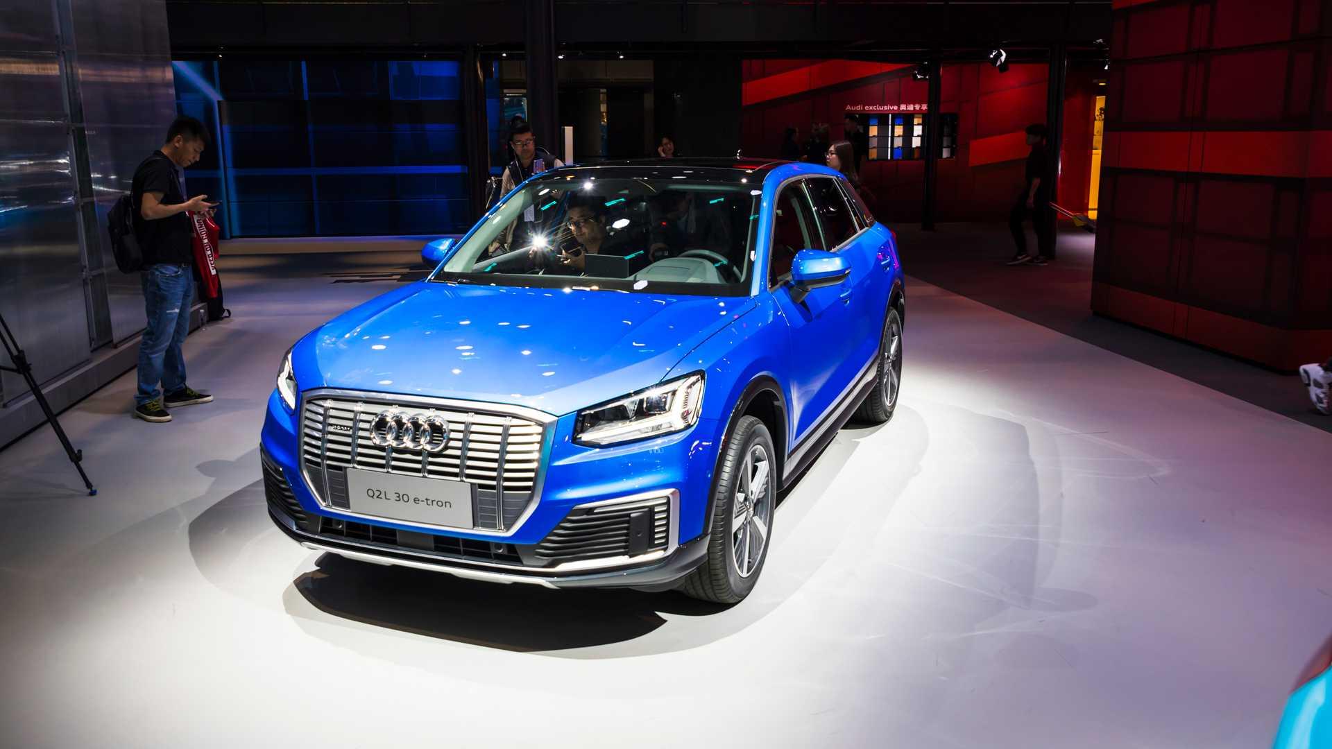 Audi Q2L e-tron готовится к старту продаж