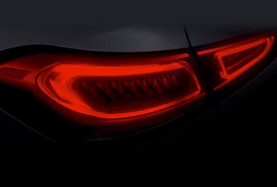 Последний «тизер» нового Mercedes GLE Coupe