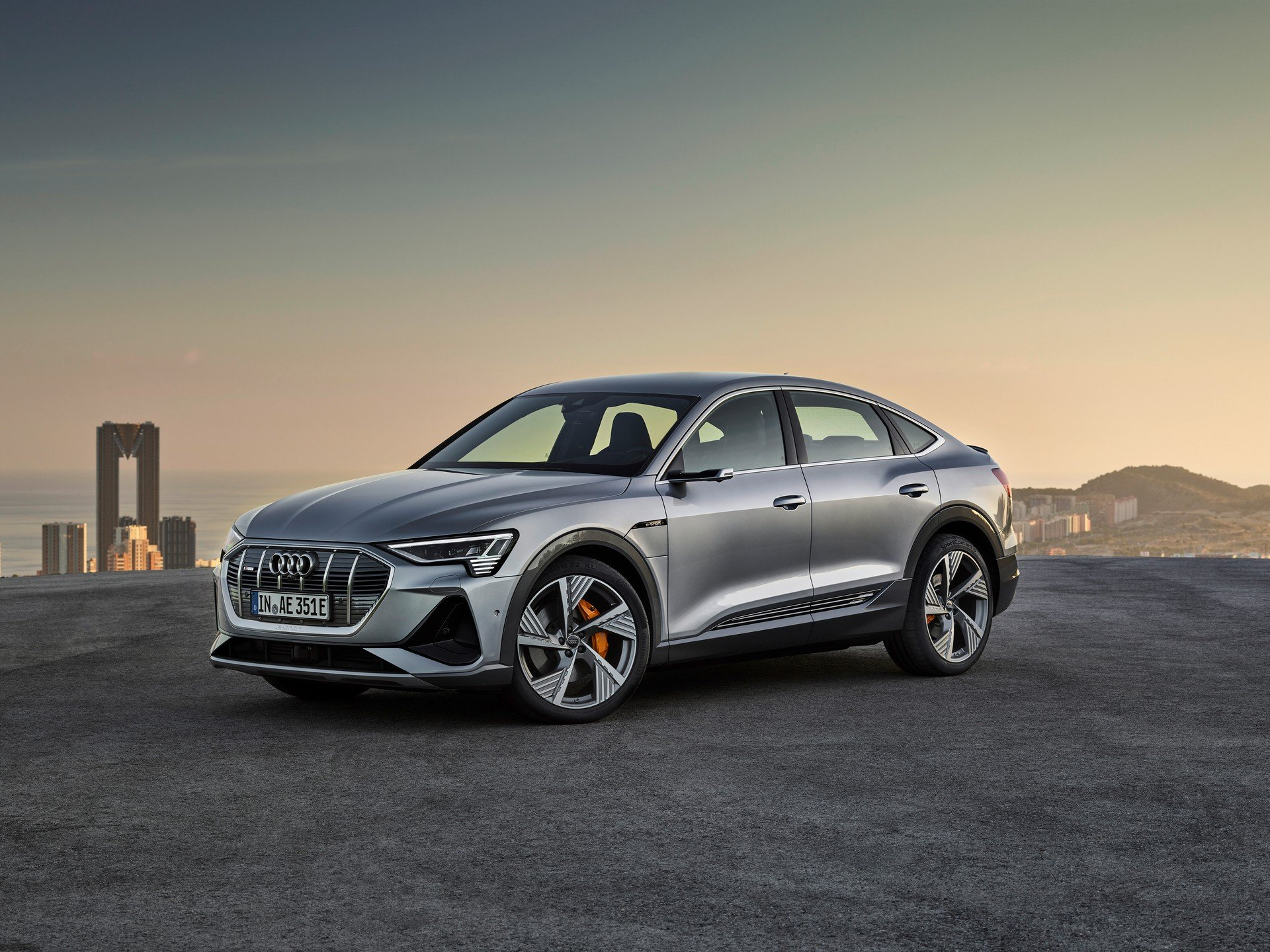 Электро-купе Audi e-tron Sportback представили официально