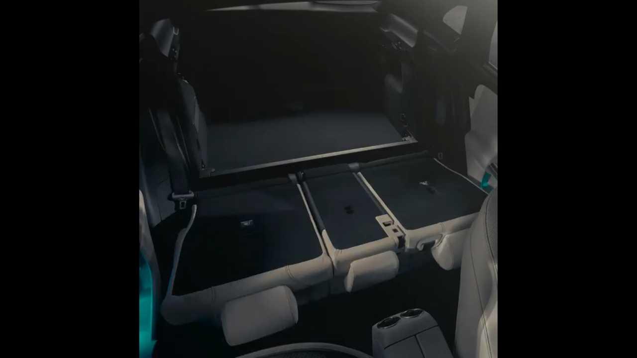 Mercedes-Benz рассказал о практических преимуществах GLA-Класса нового поколения