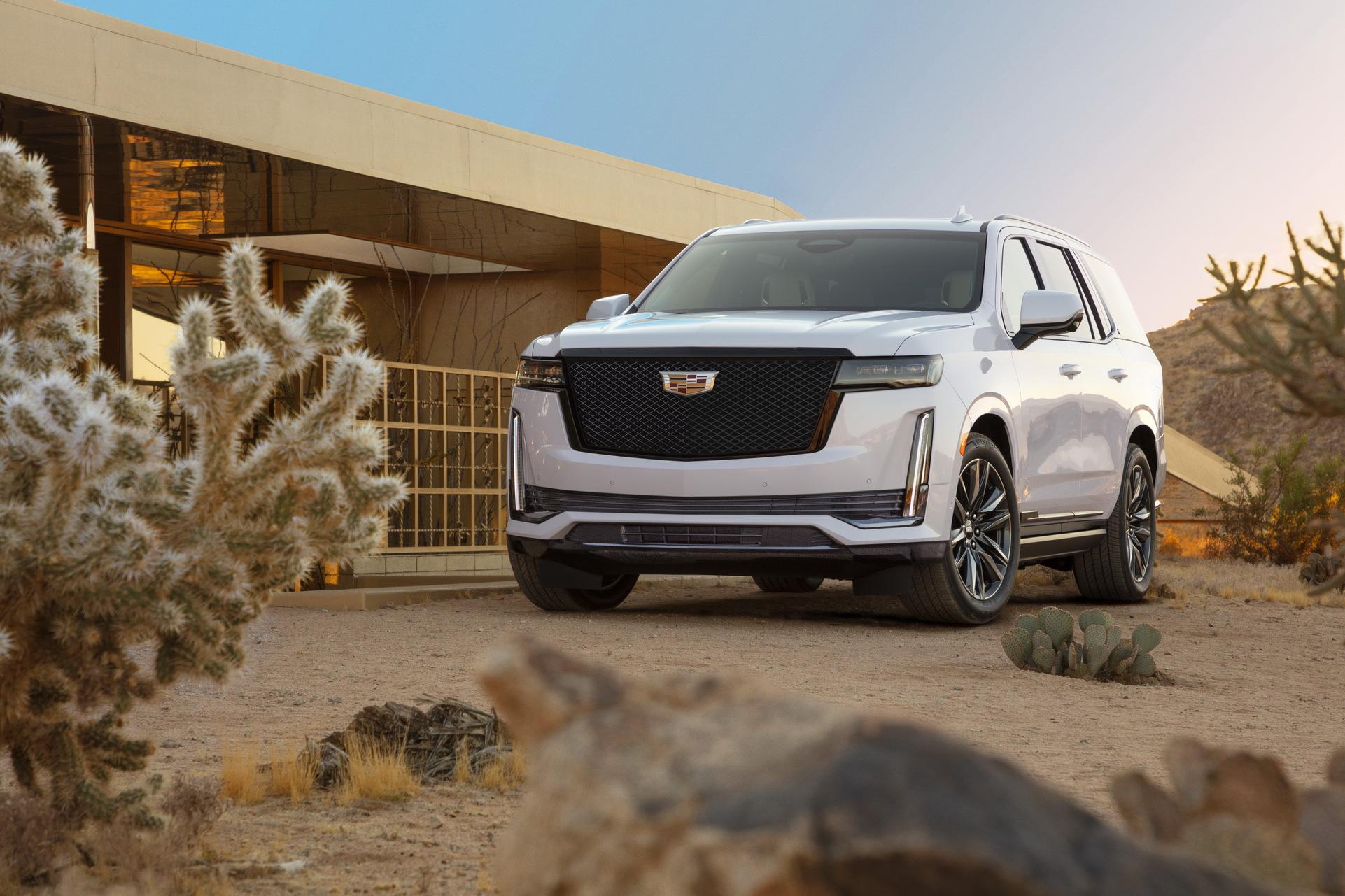 Cadillac escalade в новом исполнении стал доступен в РФ